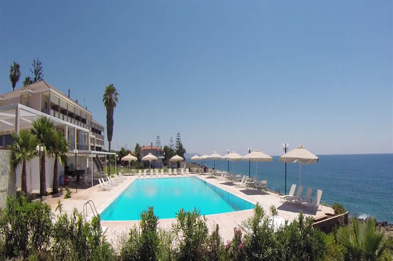 Hotel Limenari