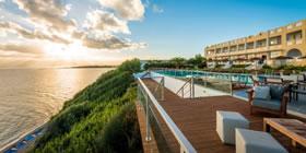 Niforeika Beach Hotel & Bungalows - Όλες οι Προσφορές