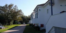 Blue Houses Apartments - Όλες οι Προσφορές