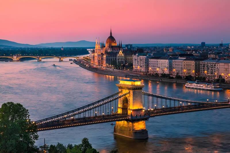 Βουδαπέστη - 4 ημέρες αεροπορικώς με πρωινό