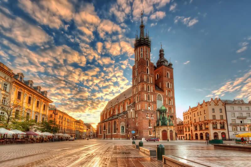 Κρακοβία, Βαρσοβία - 6 ημέρες αεροπορικώς με πρωινό - Όλες οι Προσφορές